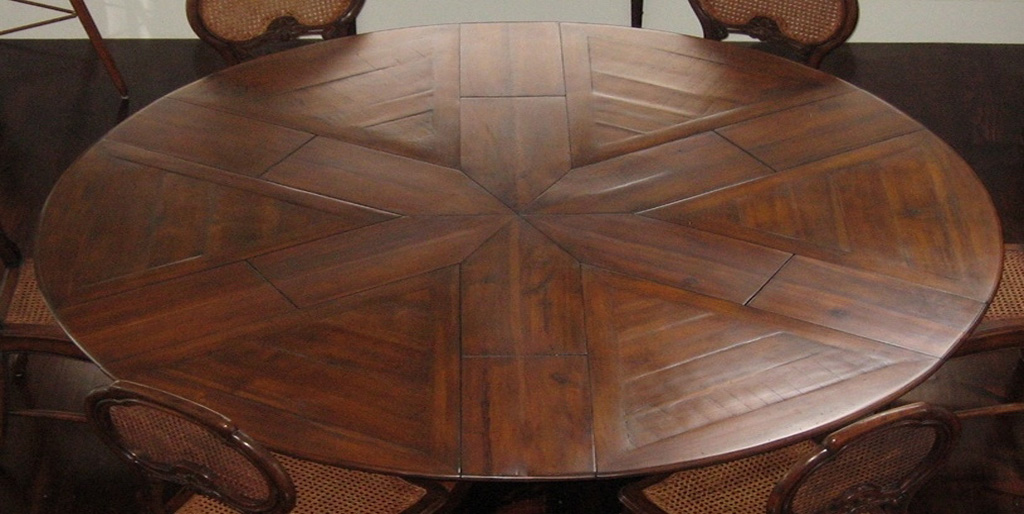 round expanding walut dinning table