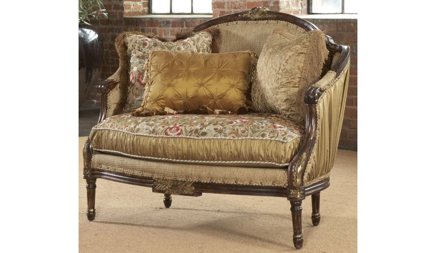SETTEES, CHAISE, BENCHES Shirred silk settee, Luxury fine home furnishings