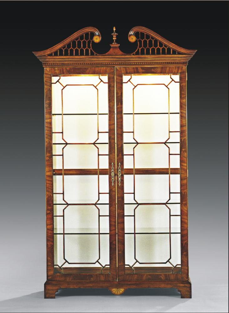 High end dining room furniture display cabinet for Dining room display cabinets