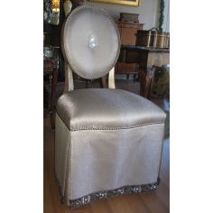 High style vanity chair. Pearl shell outback.
