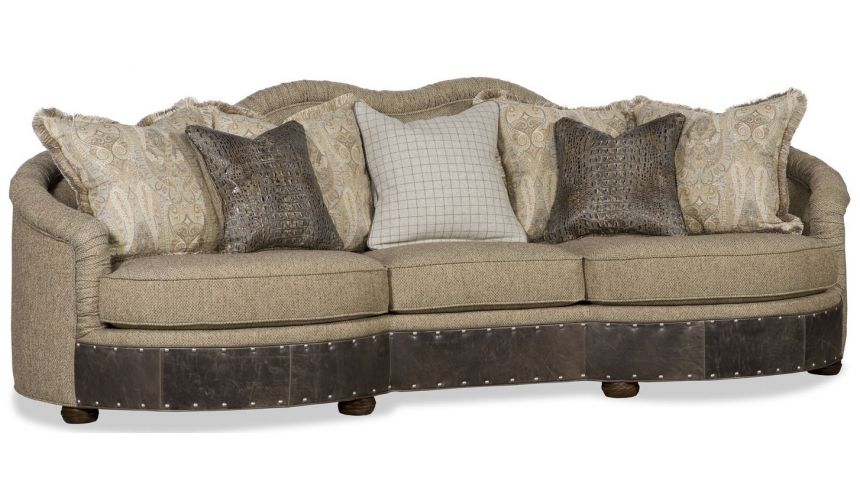 SOFA, COUCH & LOVESEAT Large family room sofa perfect for relaxing in style