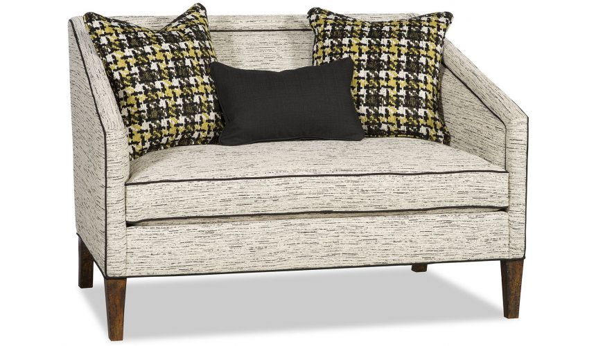 SETTEES, CHAISE, BENCHES Chic settee with clean modern lines
