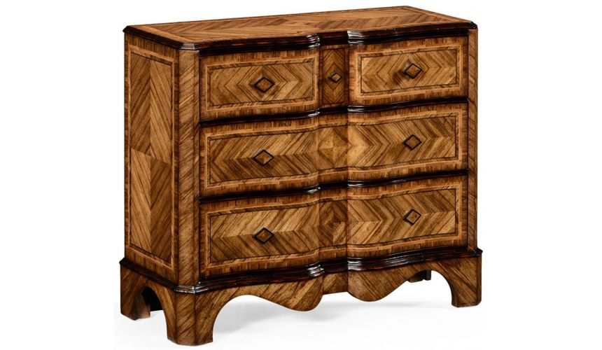 Chest of Drawers Large argentinian walnut chest of drawers