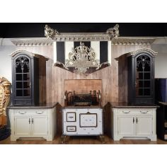 Luxury custom kitchen cabinets