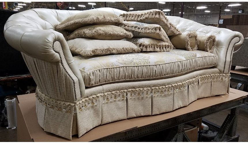 Luxury Leather & Upholstered Furniture 34 Luxury sofa. Fancy white leather sofa
