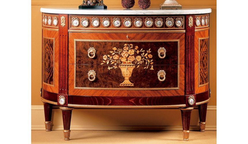 Mirrors, Screens, Decrative Pannels MASTERPIECE COLLECTION. CHEST OF DRAWERS
