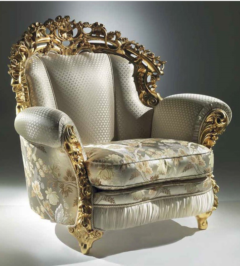 Extravagant Floral Cloud Armchair from our European hand ...