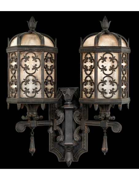 Lighting Two-arm perched bottom wall mount in stylized quatrefoil design