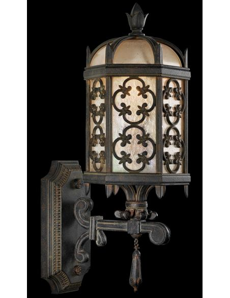 Lighting Extra small perched bottom wall mount