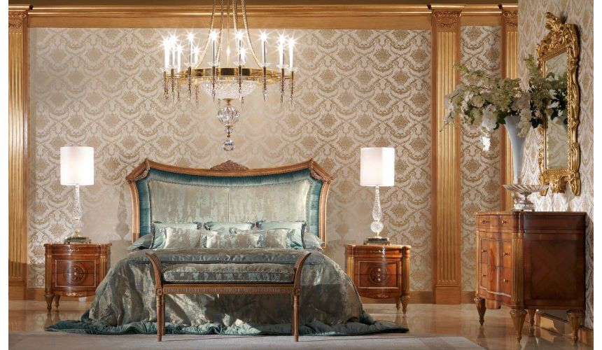 Queen and King Sized Beds Gorgeous Ocean's Palace Bedroom Furniture Set