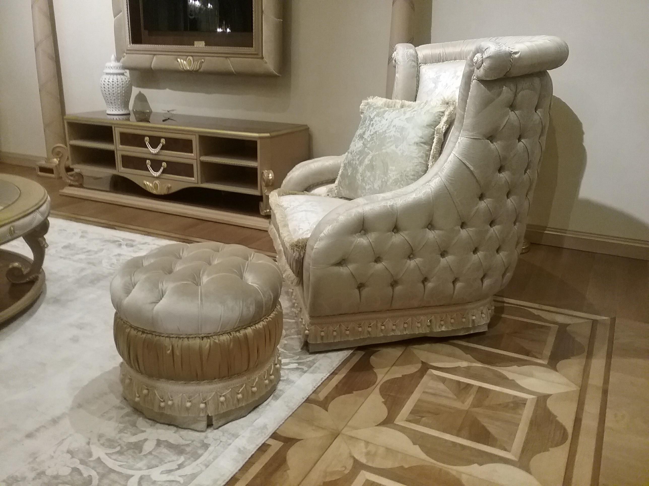 Luxury leather upholstered furniture furniture masterpiece collection chair handmade in europe