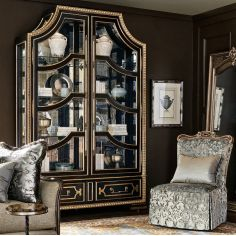 Stunning King's Choice Display Cabinet