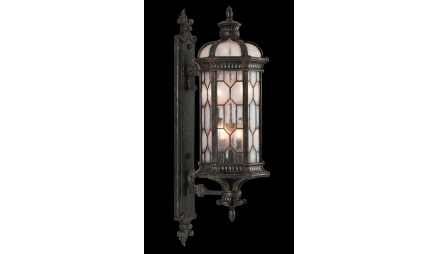 Lighting Medium wall mount of antiqued bronze finish
