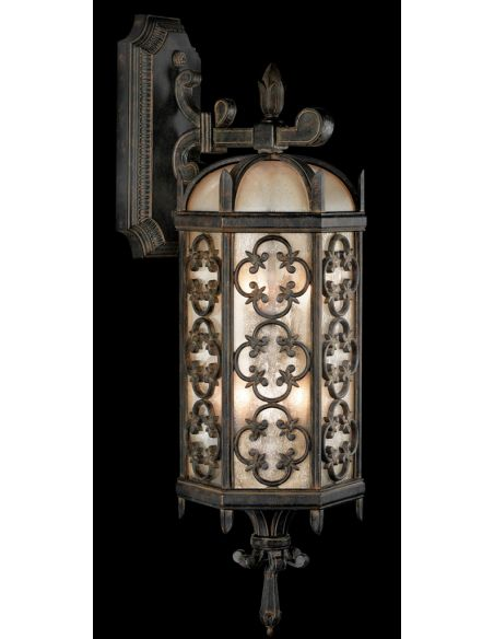 Lighting Large top wall mount in stylized quatrefoil design