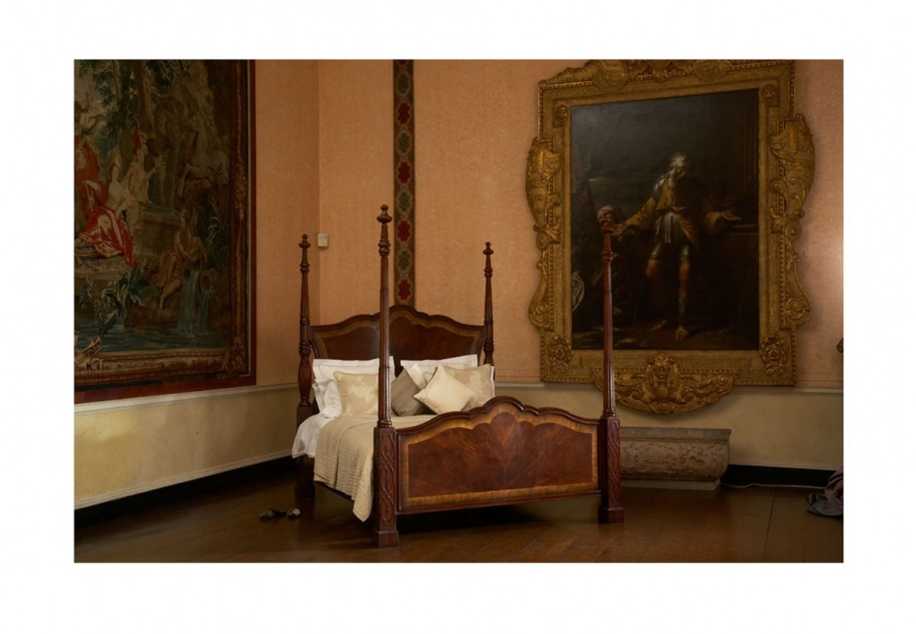 LUXURY BEDROOM FURNITURE Four Post Bed King Bedroom Furniture   Luxury Bedroom  Sets