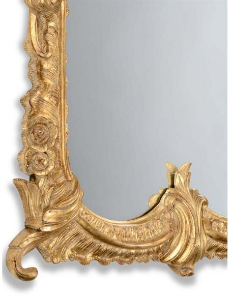 Mirrors, Screens, Decrative Pannels 18th century gilded mirror with scallop shell