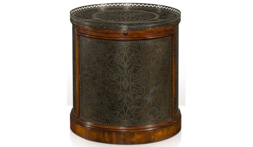 Round & Oval Side Tables Victoria's Pedestal
