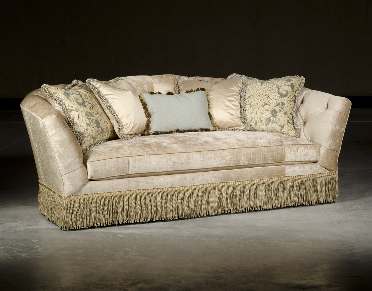 Traditional style sofa luxury upholstered quality furniture for Quality furniture