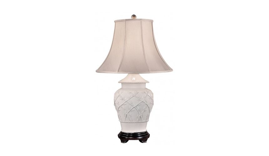 Decorative Accessories Pale White Tuscan Styled Lamp