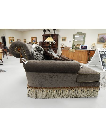 Chaise double chair. Classy styling 442
