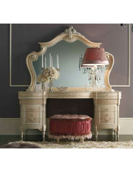 BEDS - Queen, King & California King Sizes Glamor girl bedroom set from our Furniture Masterpiece Collection
