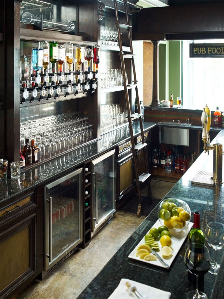 Fabulous Home Bar Oak Wood Granite Top With Brass Rail And Canopy Download Free Architecture Designs Embacsunscenecom