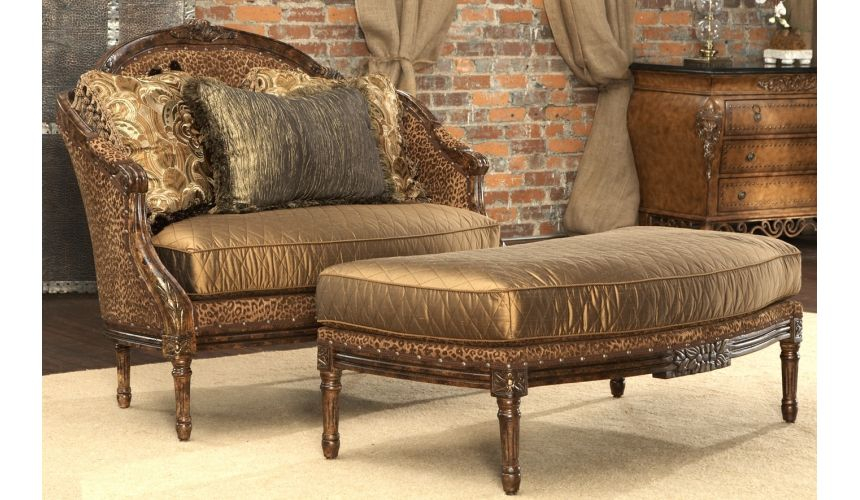 SETTEES, CHAISE, BENCHES Leopard print settee