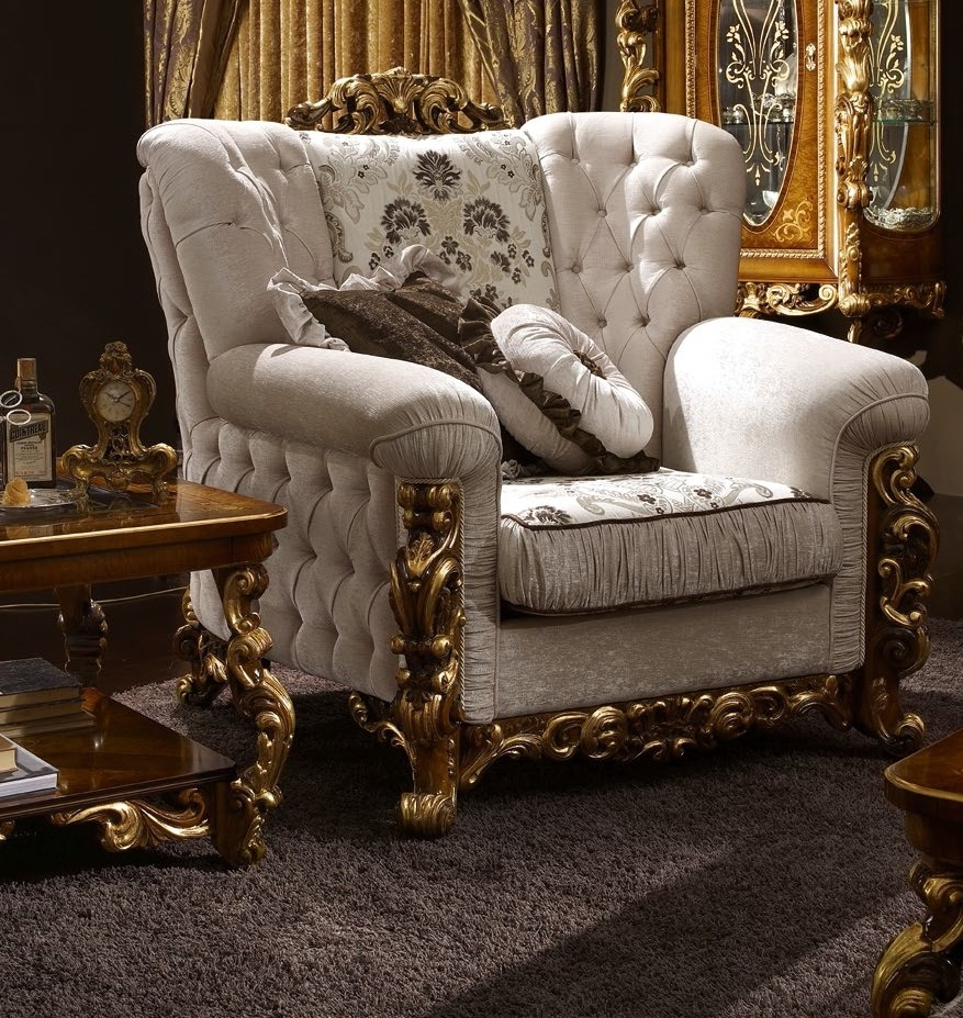Luxurious Armchair for Living Room