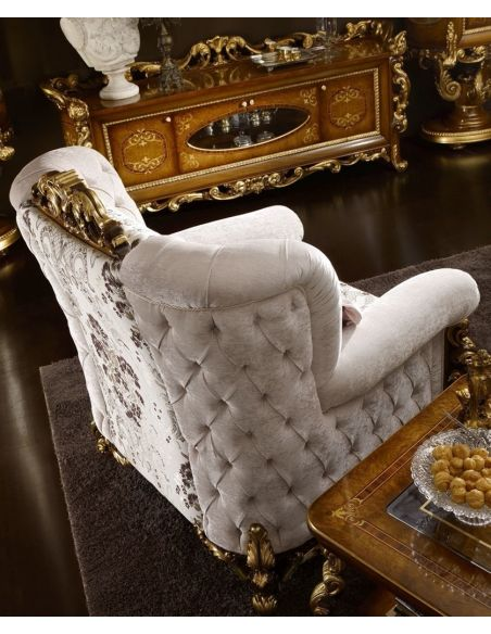 Luxury Leather & Upholstered Furniture Luxurious Armchair for Living Room
