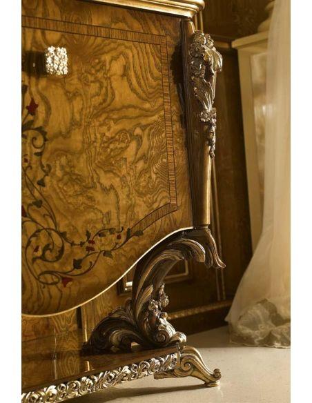 Breakfronts & China Cabinets Stylish 2 Door Glass Cupboard