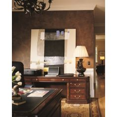 Executive Desk with glossy, wide tabletop